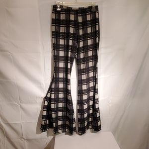 Camille & Co Flare Leg Pants Sz Sm